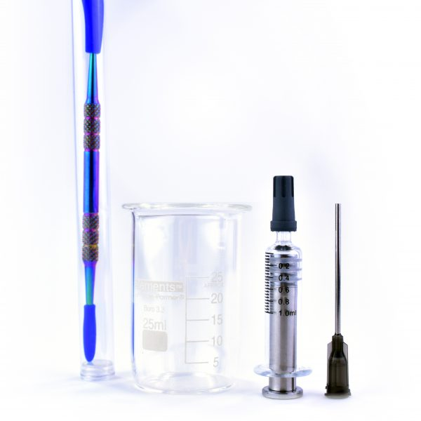 Dope Dabs Mixing Kit #2 showing titanium tool 25 ml beaker and 5 ml glass syringe